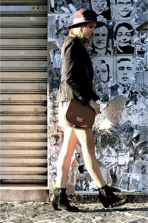 black black Topshop boots - crimson burgundy fedora Zara hat