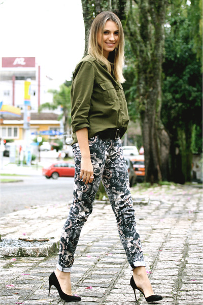 pink floral Zara pants - forest green military Zara shirt