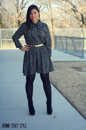 gold asos belt - black Forever 21 boots - black Forever 21 dress