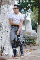 pull&bear top - 8 eye Dr Martens boots - vintage Levis jeans