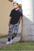 cap Boy London hat - polo sport Reebook shirt - sweatpants Choies pants
