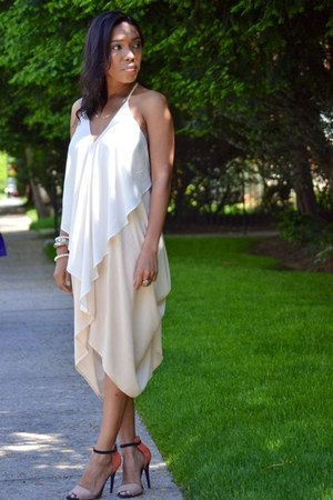 nude two toned shopakira dress