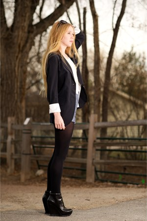 gray crepe boyfriend Ali Ro blazer - black Camilla Skovgaard boots