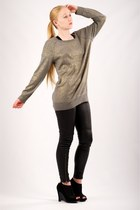 black CurrentElliott leggings - heather gray vince sweatshirt - black suede shoe