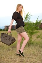 army green tie Celine bag - olive green camo Current Elliott shorts
