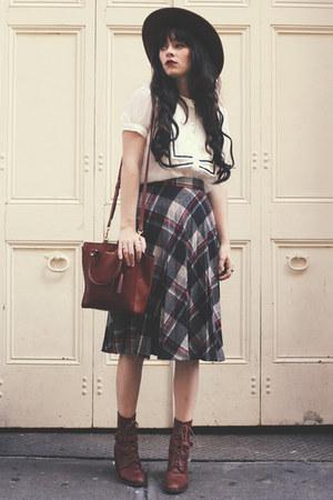 skirt - dark brown Samantha Pleet boots - shirt - tawny coach bag