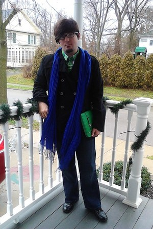 Avenue scarf - Steve&amp;Barrys coat - liz claiborne bag