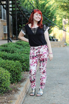 black lace cutout Forever 21 top - light pink floral abstract DKNY jeans
