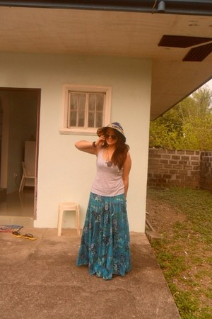 cotton based skirt - hat - top