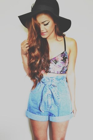 floppy Forever 21 hat - NA shorts - PacSun bra
