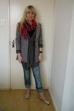 FE blazer - Foschini - random boutique - JET - fosch and edgars - Zoom