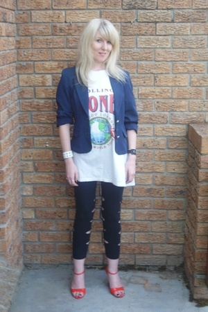 FE blazer - vintage t-shirt - leggings - Sissy Boy shoes