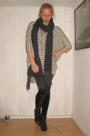 beige weekday dress - black Monki leggings - gray H&amp;M scarf - black Din Sko shoe