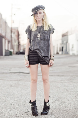 heather gray romwe shirt - black tba boots - black 2020AVE shorts