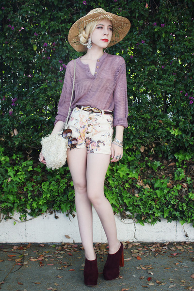 crimson Jeffrey Campbell shoes - eggshell floral youreyeslie shorts