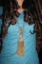 gold threadsense necklace