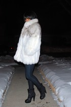 Pour La Victoire boots - Juicy Couture jeans - SAGA Fur jacket
