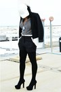 White-leather-hat-white-colorblock-black-rainn-blazer-black-lush-shorts