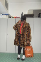 brown leopard vintage jacket - tawny vintage from Ebay bag - black Urban Outfitt