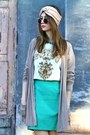 Aquamarine-vintage-skirt-brown-shana-boots-topsop-sunglasses