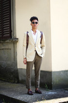 crimson Castellani shoes - camel thrifted blazer - white korean neck Zara shirt