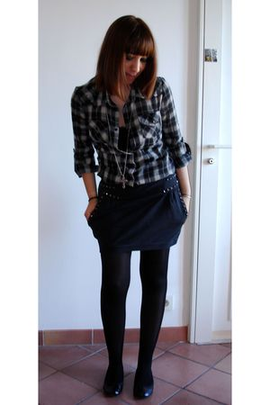 black Zara skirt - black new look shoes - black H&M tights - camaieu shirt - fas