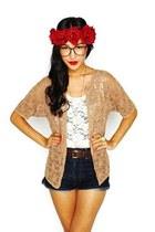 Thrift Store belt - American Apparel hat - Forever 21 shorts