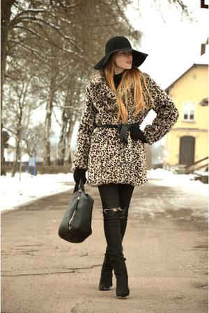 leopard Zabaione coat - black H&M boots - black Hallhuber bag