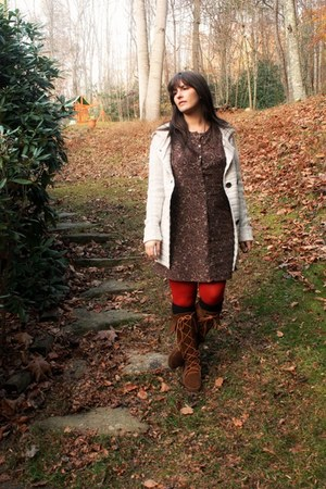Minnetonka boots - Gap dress
