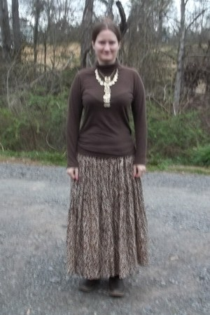 black Maidenform skirt - brown Sara Studio skirt - dark brown sonoma boots