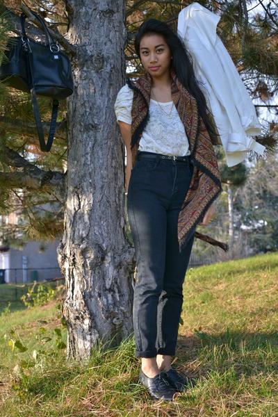 black parasuco jeans - white Zara jacket - crimson mothers vintage scarf