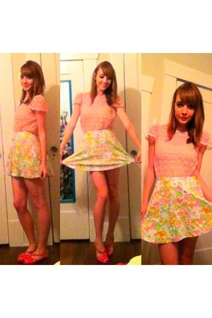 Flower skirt - pink lace vintage shirt - Jelly flats