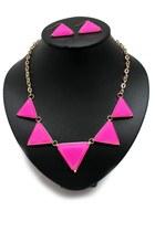 Bubble-gum-unbranded-necklace