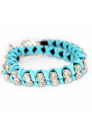 turquoise blue unbranded bracelet