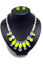 Chartreuse-unbranded-necklace