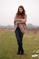 Zara boots - Bershka sweater