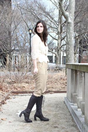 white vintage blouse - beige vince pants - purple ann demeulemeester boots - gol