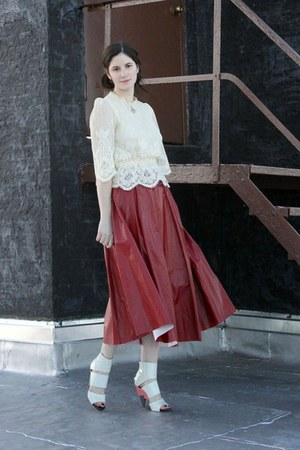 Ivan Grundahl skirt - vintage blouse - Chloe heels
