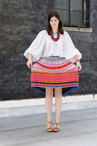hot pink vintage skirt - red coral necklace - brown Marni sandals