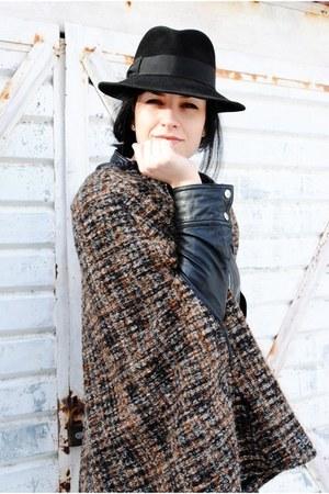 black vintage hat - dark brown Zara cape