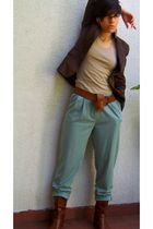 blue panties - brown boots - brown belt - brown blazer - beige t-shirt