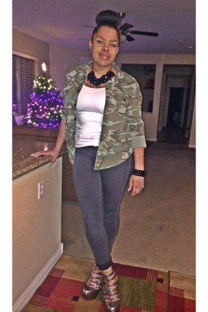 white Target top - dark gray H&M jeans - olive green Forever 21 shirt