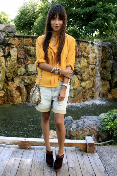 http://images3.chictopia.com/photos/Jujubabyy/6759158098/yellow-vintage-blouse-blue-quiksilver-shorts-steve-madden-shoes_400.jpg