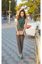 oriental print vintage scarf - turquoise blue Step shoes