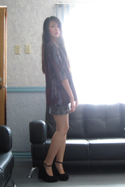 AsianVogue wedges - online buy bodycon dress - thrifted vintage blazer