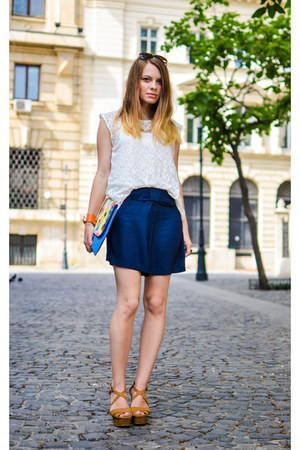 navy Tex shorts - sky blue meli melo bag - white Lefties top