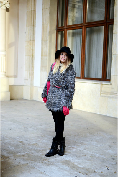 black H&M hat - gray Stradivarius coat
