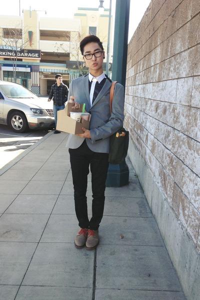 heather gray H&M blazer - camel 1901 shoes - olive green Filson bag