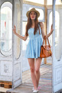 Sky-blue-romwecom-dress-beige-h-m-hat-bronze-romwecom-bag