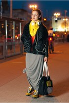 heather gray Terranova skirt - black Saska Fashion jacket - yellow lolita scarf
